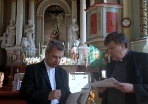 Meškuičių klebonas kun. Vytautas Ripinskis, pradėjęs domėtis kun. P. Budrio byla, sakė supratęs, kad eina jo pėdomis.