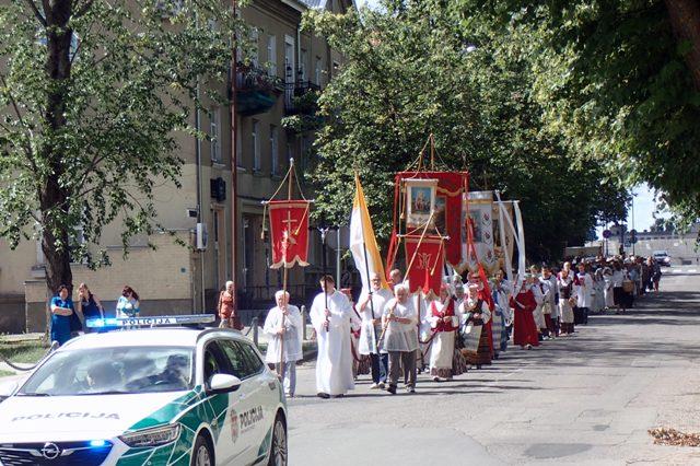 Devintinių procesija 2019